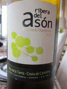 Ribera del Asón white 2012. Albariño and chardonnay.